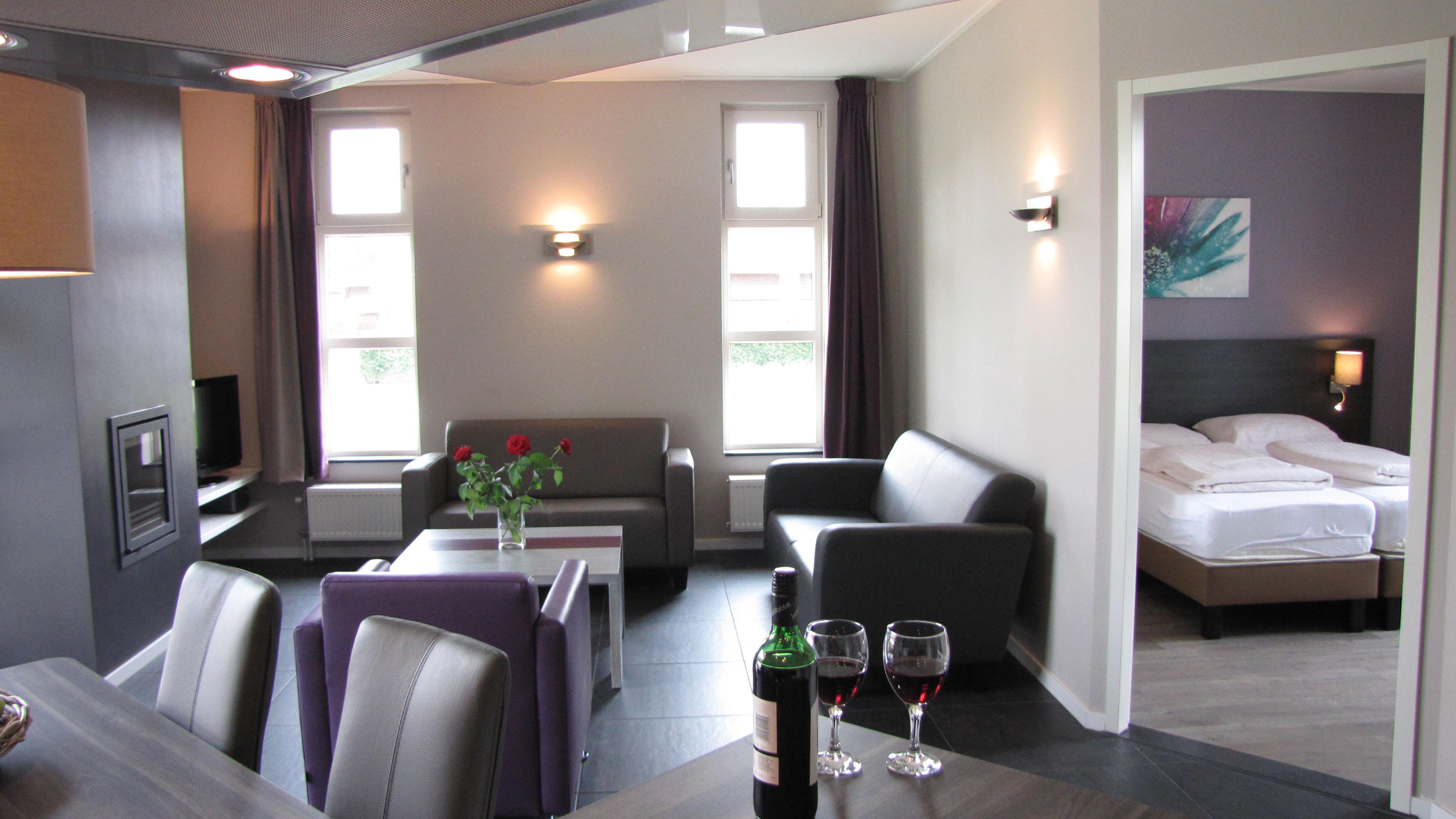 home tijdelijke woonruimte vakantiepark limburg woonkamer slaapkamer groot
